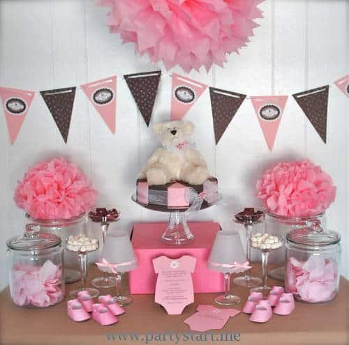 decoração de chá de bebê rosa e marrom