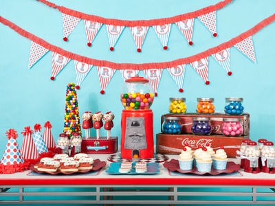 como decorar o bolo de festa infantil em casa passo a passo