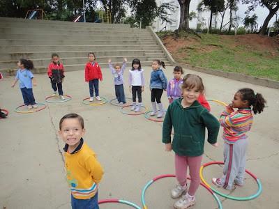 ideias de brincadeiras para se fazer em aniversário infantil
