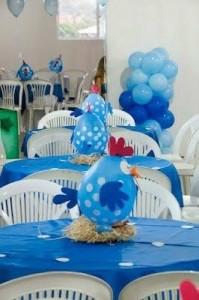enfeite de mesa de aniversário com balão