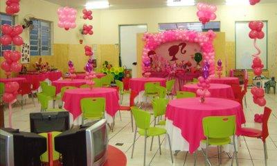 salão decorado - mesa dos convidados festa barbie