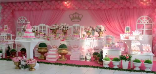 como montar decoração de festa fantasia das princesas