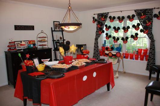 decoração da festa do mickey em casa