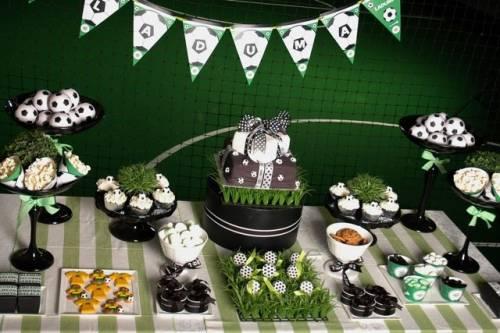 festa de aniversário com tema de futebol
