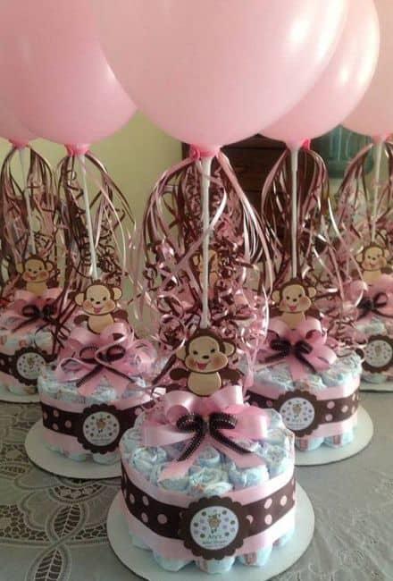 Bolos para chá de fraldas feminino rosa e marrom