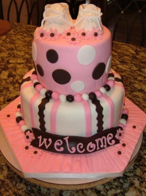 Fotos de bolo de chá de fraldas rosa e marrom