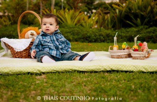 Book de bebê externo no campo