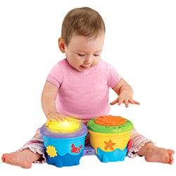brinquedos musicais para bebês