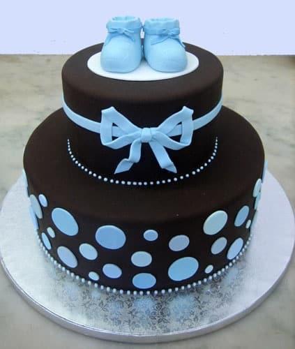 bolo de fraldas azul e marrom