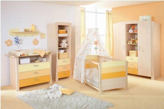cor amarela para quarto de bebê