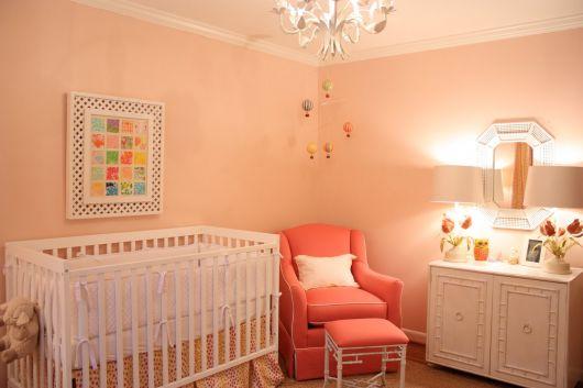 cor salmão para quarto de bebê menina