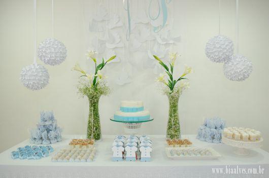 decoração de batizado simples e barato
