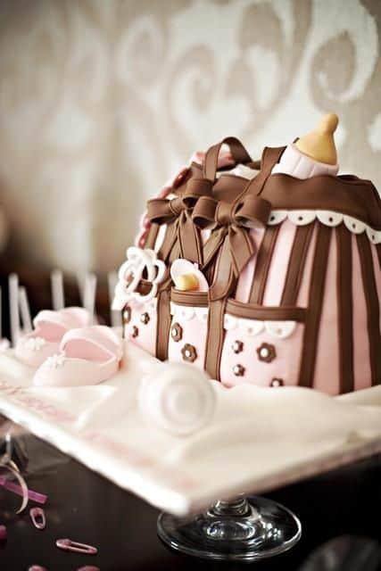 Fotos de bolo rosa e marrom para cha de bebe diferente