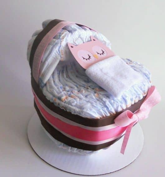 bolo de fraldas rosa e marrom facil de fazer passo a passo