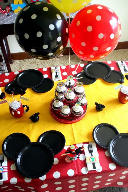 festa do mickey clean