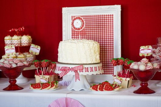 mesa do bolo provençal clean