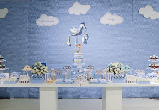 Decoração azul de chá de fraldas