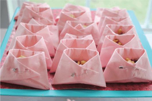 Decoração chá de bebe Lembrancinhas amendoim