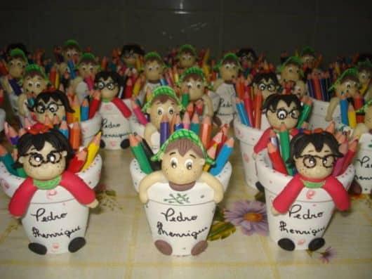 festa infantil chaves lembrancinhas em biscuit