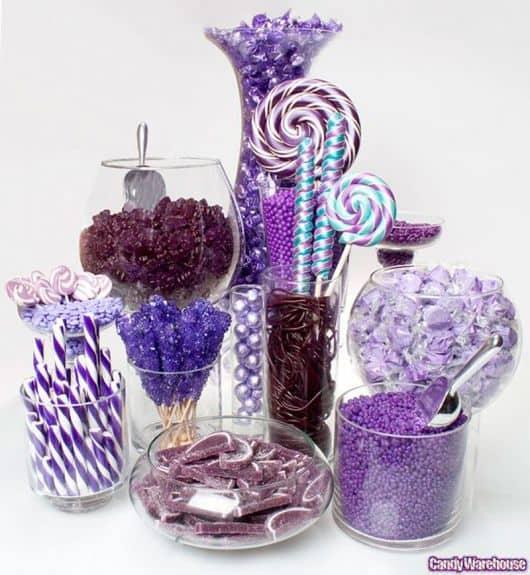 mesa de doces para festa infantil simples