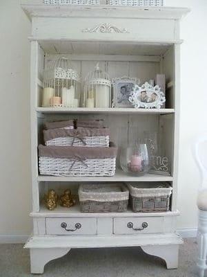 Móveis brancos para quarto de bebê provençal