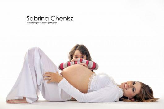 ensaio fotográfico de grávida com filha