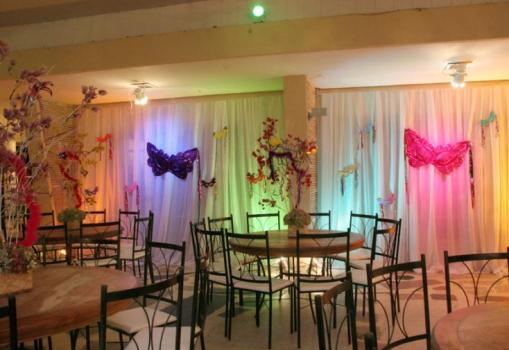 decoração para festa de debutante à fantasia