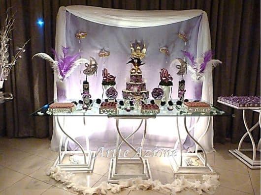 mesa de festa à fantasia