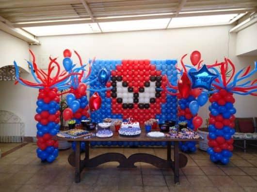 Decoração de festa infantil do homem aranha