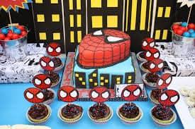 bolo e doces do homem aranha