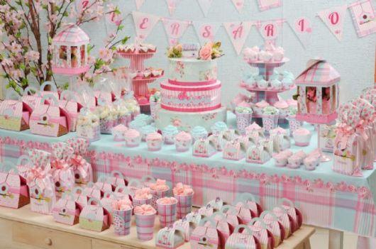 Aniversário para bebês ou crianças pequenas