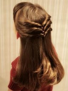 Foto de penteado para menina dama de honra