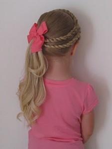 penteados de criança com cabelos longos
