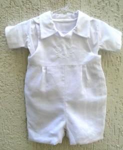 como vestir bebê para batizado 2