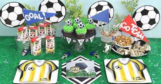 Como fazer uma festa de aniversário com tema futebol para criança