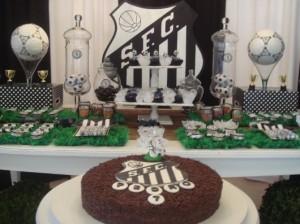 Fotos de decoração de festa infantil do Santos FC