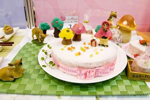 Dicas de mesa de bolo para festa infantil com tema Chapeuzinho Vermelho