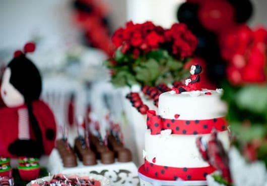 aniversario decorado tema Joaninha