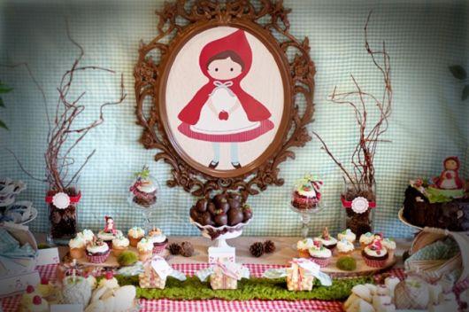 Decoração de Festa Chapeuzinho Vermelho personalizada