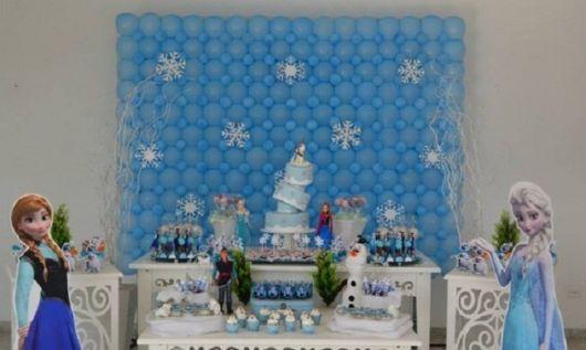 Aniversário com princesa Elsa e Anna
