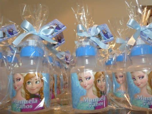 Lembrancinha personalizada Elsa e Anna