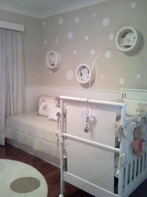 nicho branco para quarto de bebê