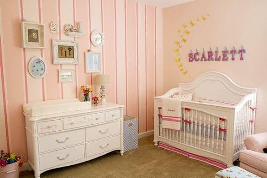 Papel de parede para quarto de bebê feminino