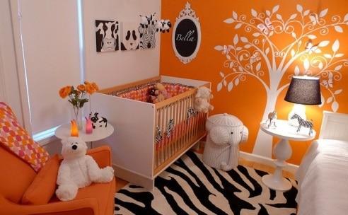 quarto de bebê pequeno e moderno
