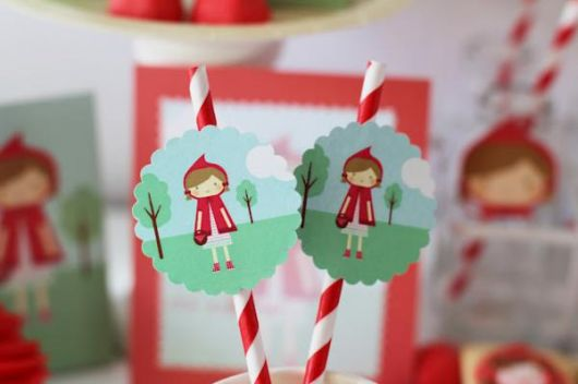 Festa Chapeuzinho Vermelho chique personalizada