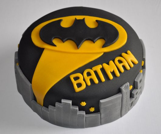festa do batman amarelo ouro