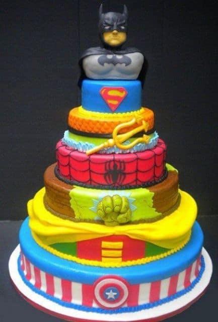 bolo para festa dos vingadores