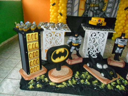 festa de aniversario do batman na escola