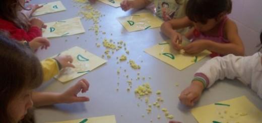 atividade-infantil-bolinha-de-papel