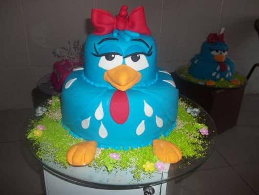 bolo galinha pintadinha de papel arroz